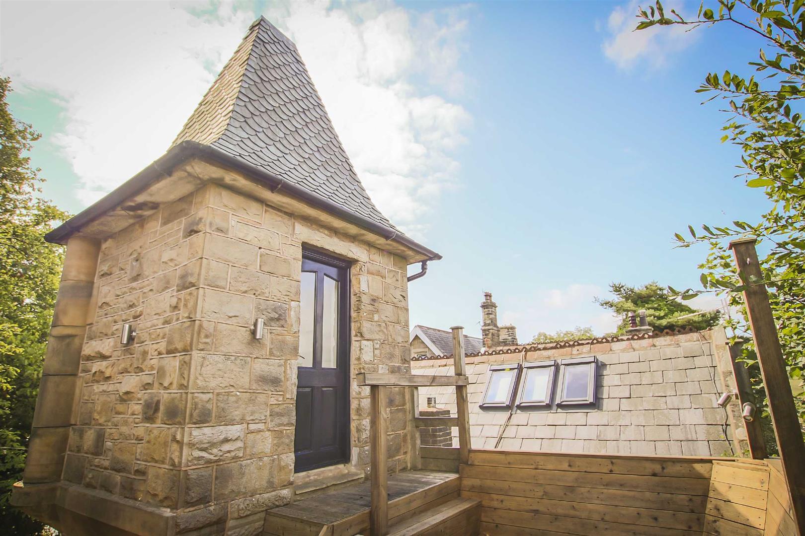 2 Bedroom Detached House For Sale - Image 13